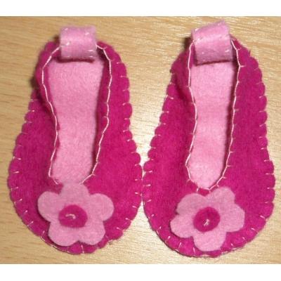 Licht met donker roze schoentjes
